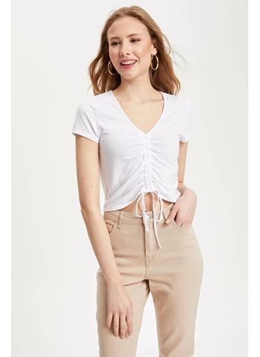 DeFacto Slim Fit V Yaka T-shirt Beyaz